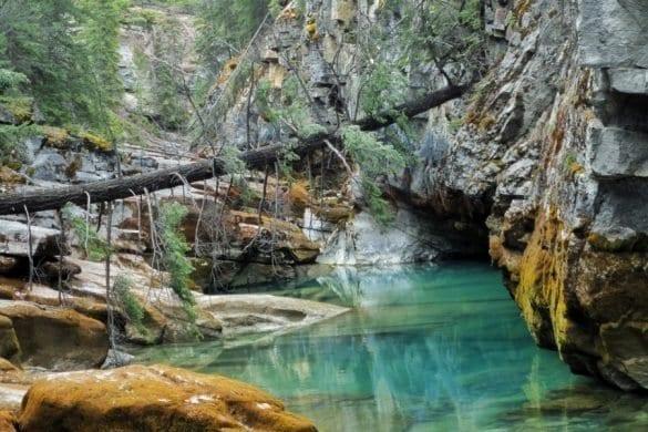 Maligne Canyon-The Hike