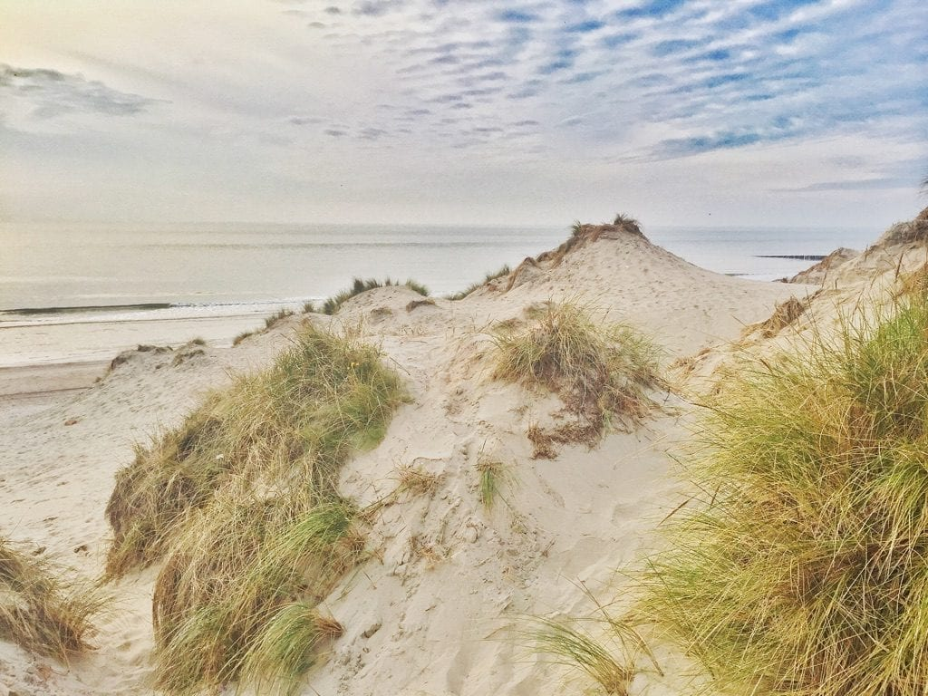 mooie strandwandeling hiken