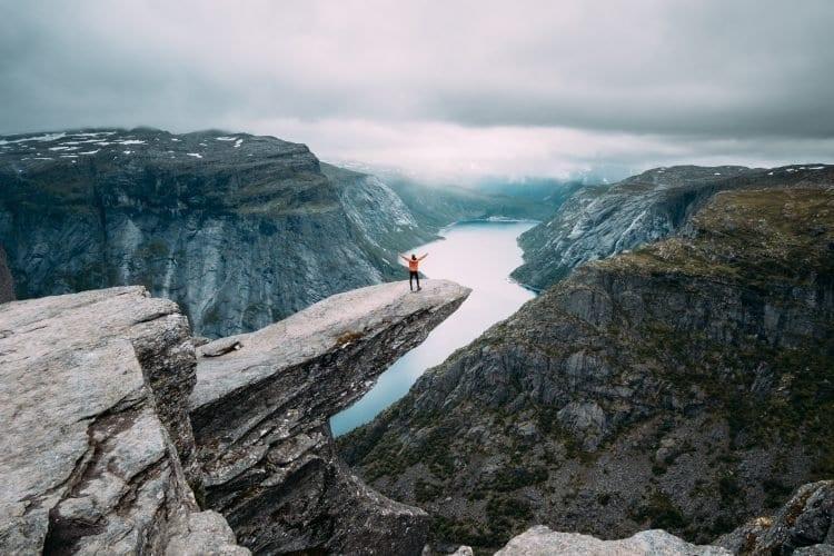 hikes voor de echte thrillseeker-Credits Benjamin Davies-332625-unsplash