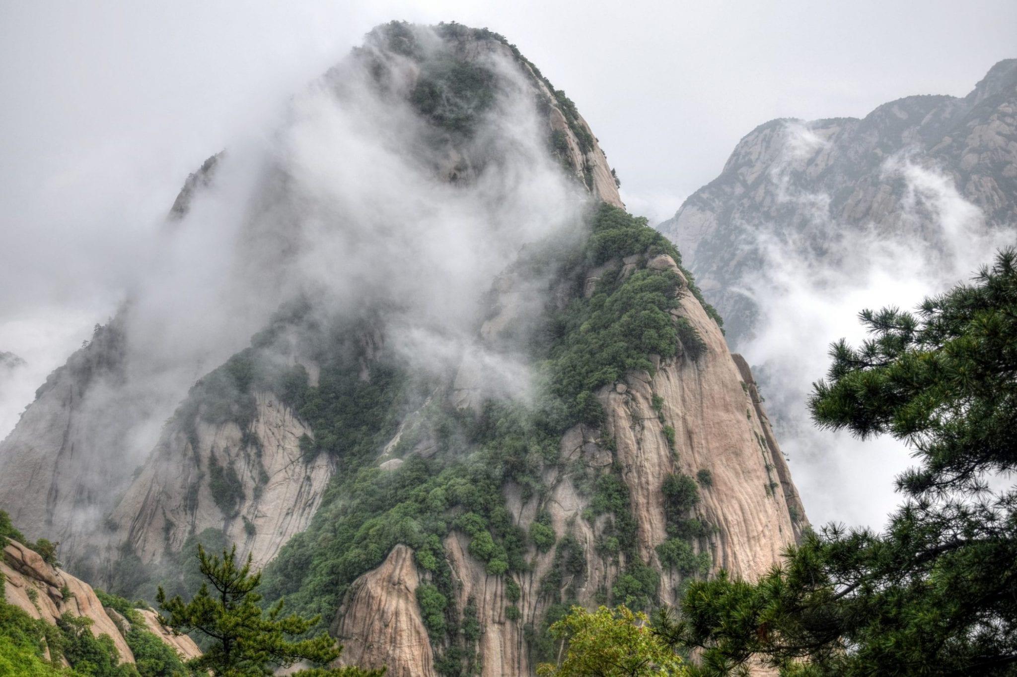 Hua-Shan-Hike-Trail-2