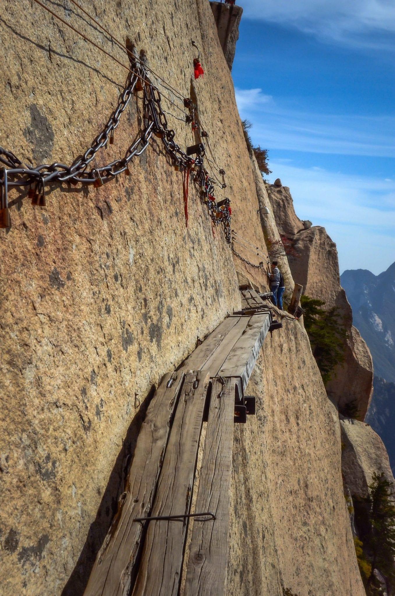Hua-Shan-Hike-Trail
