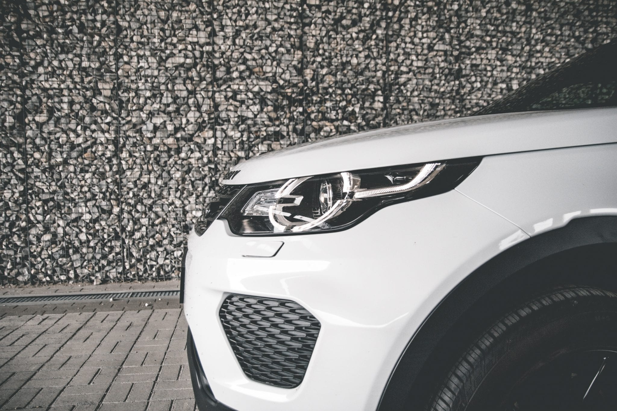 Land Rover Discovery Sport Front Zijkant Credits The Hike7