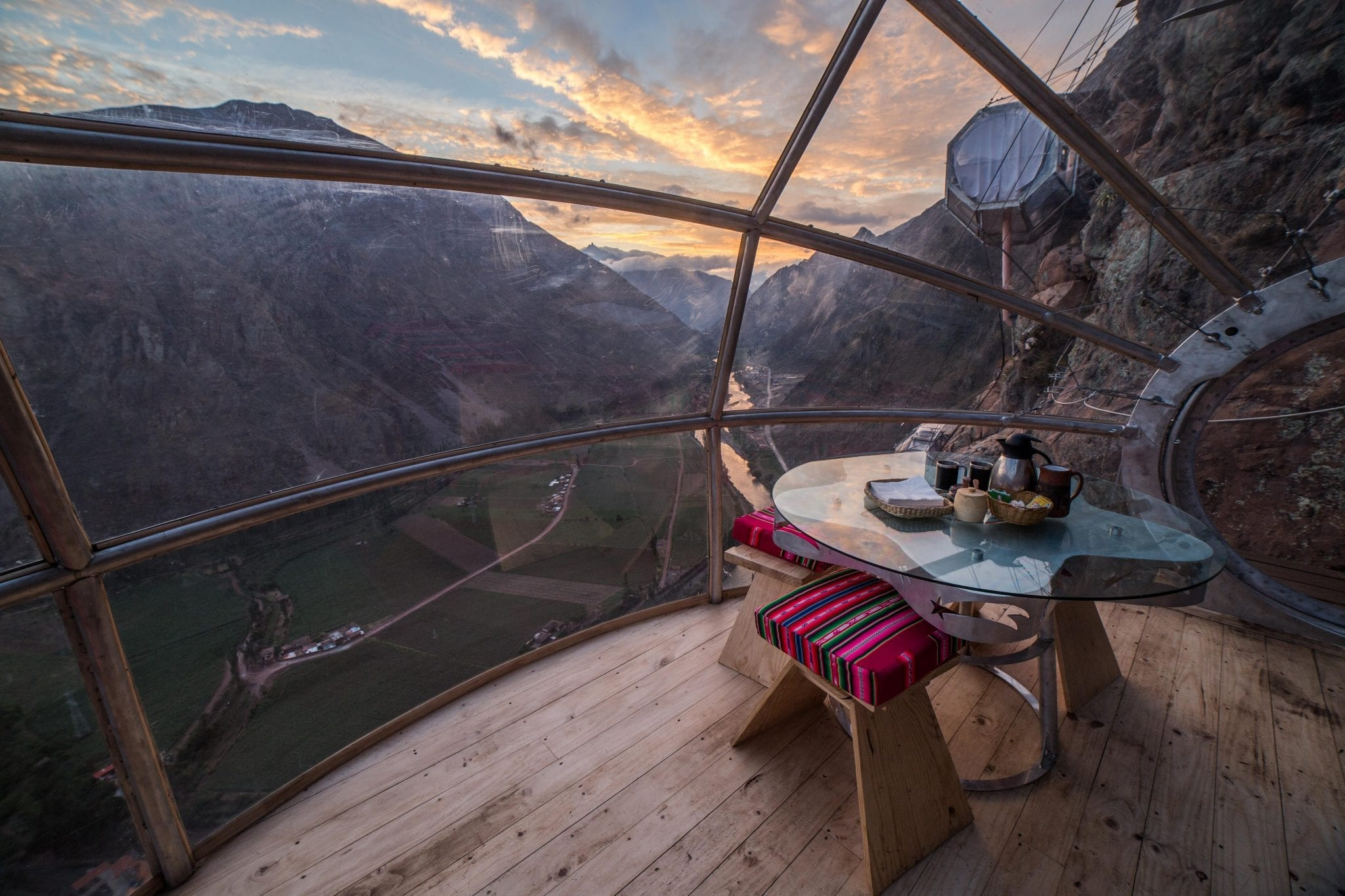 Natuur Airbnb's Skylodge