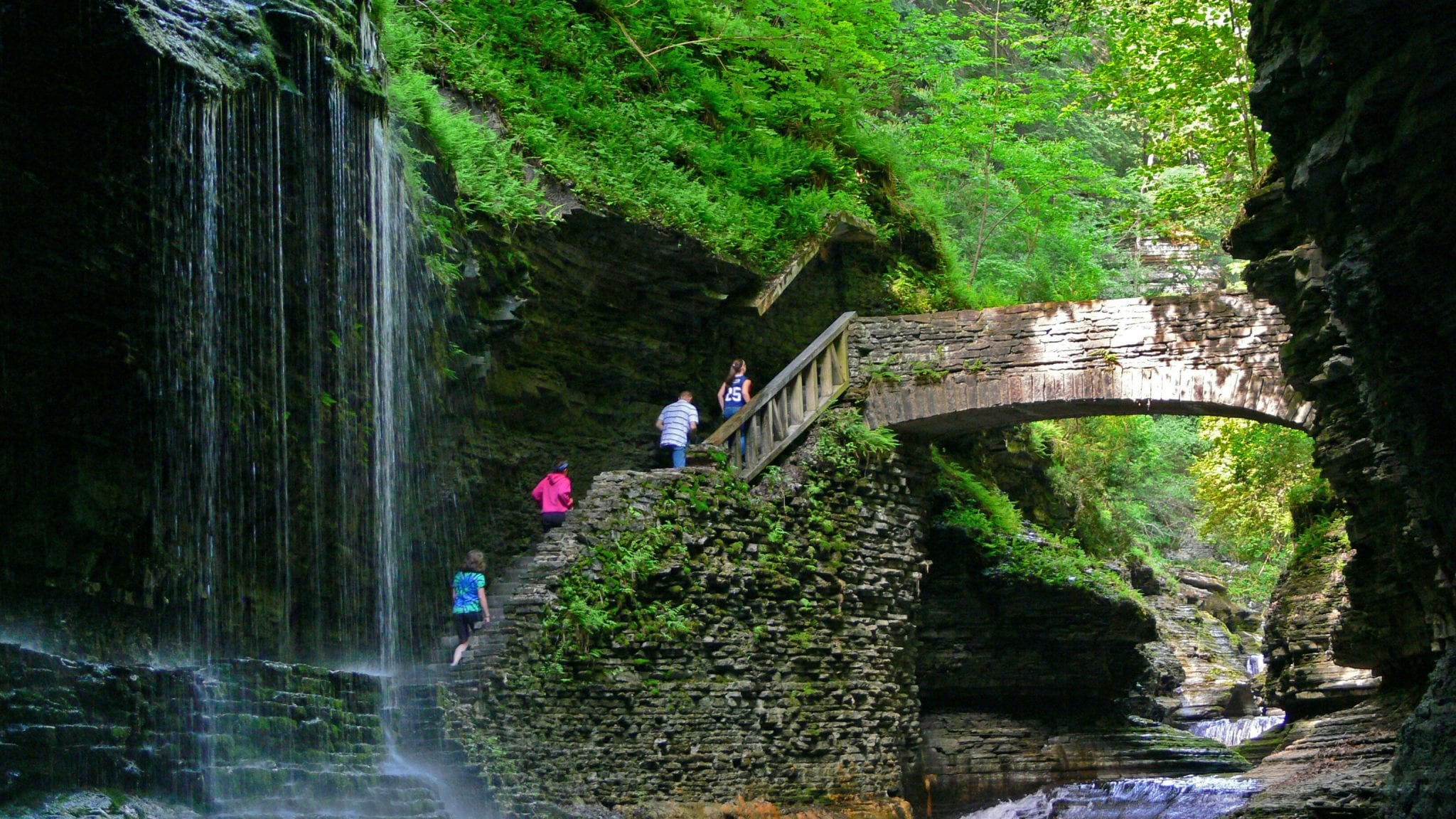 Hike in New York - Watkins Glen State Park