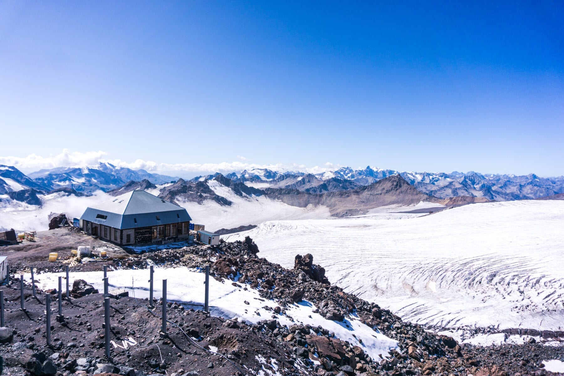 Heart of Elbrus hut hotel