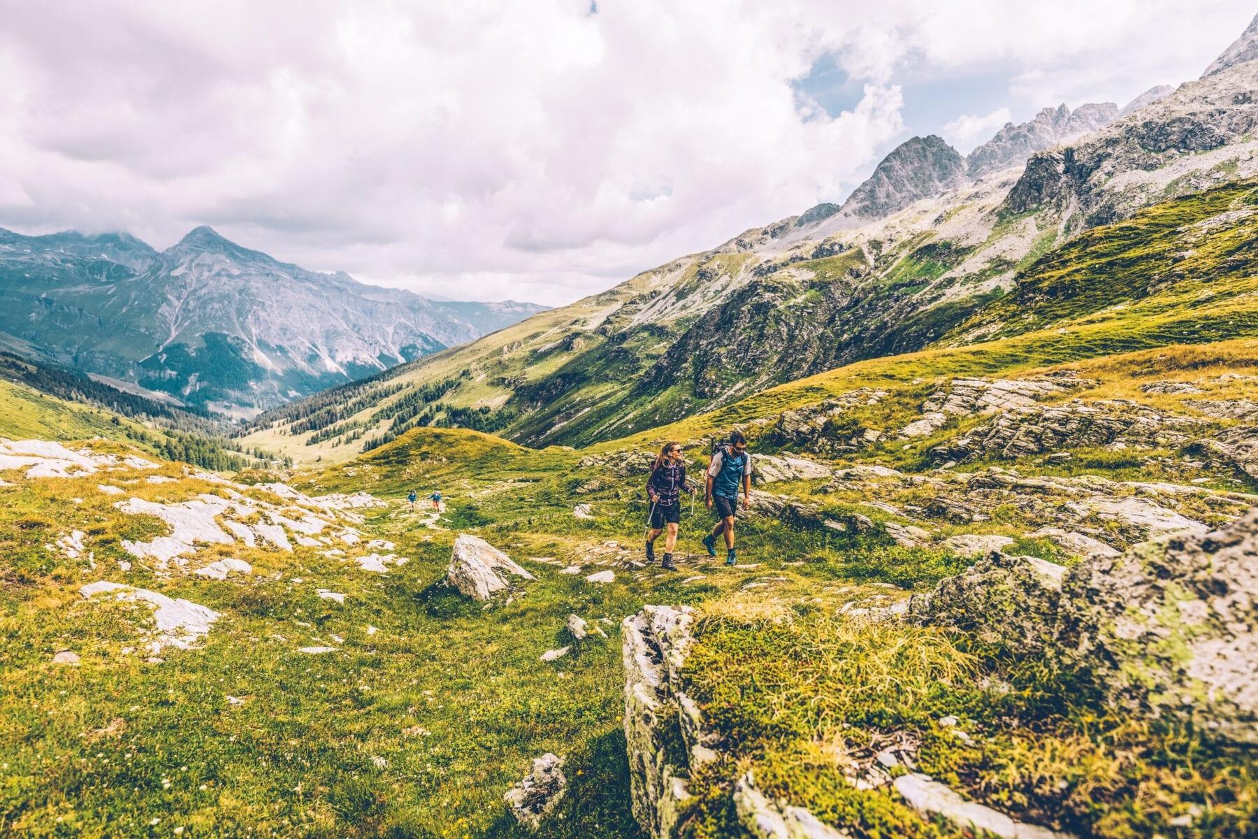 Bergsportdag Switzerland Summer: Spluegen, Wanderer