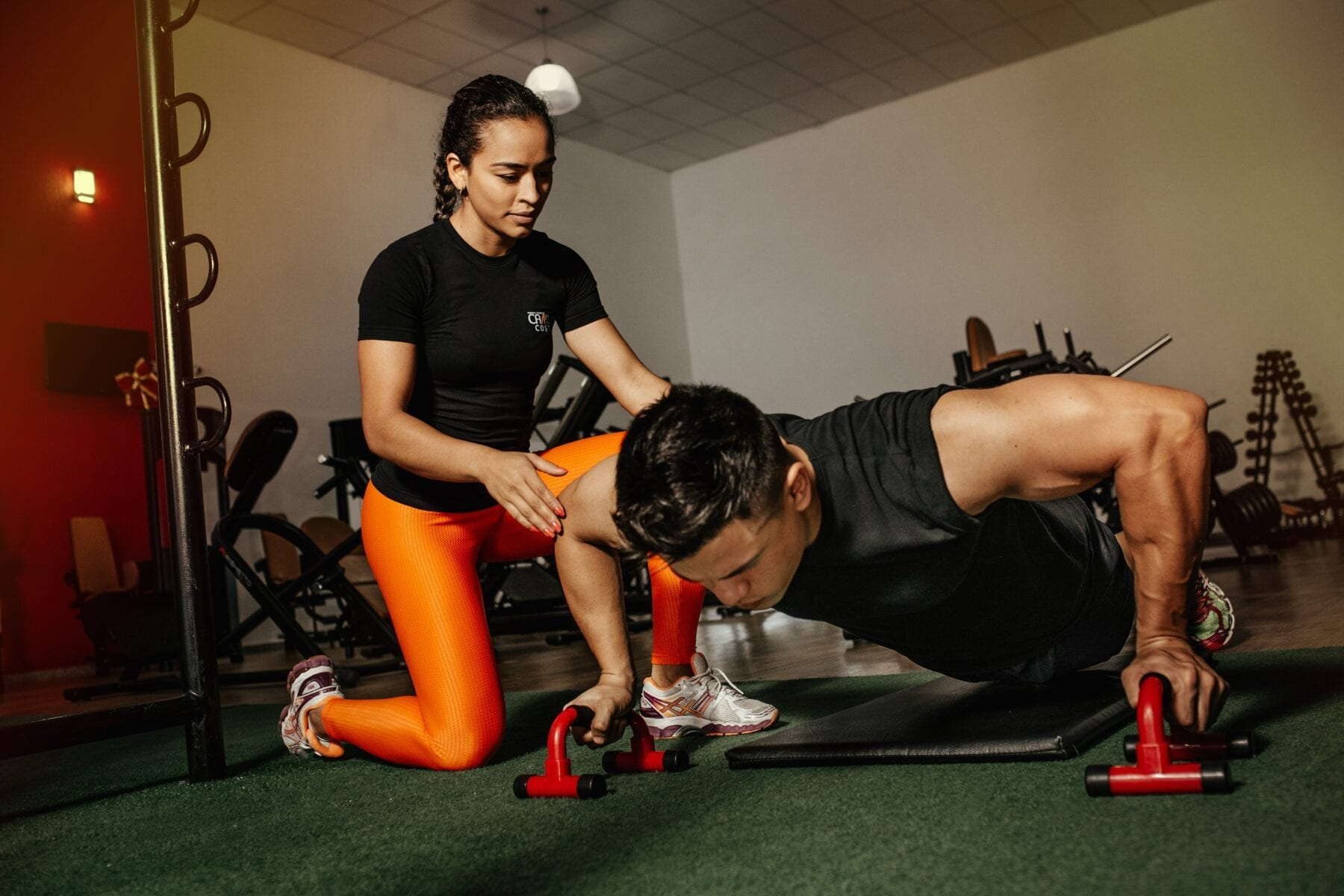 thuis fitness oefeningen