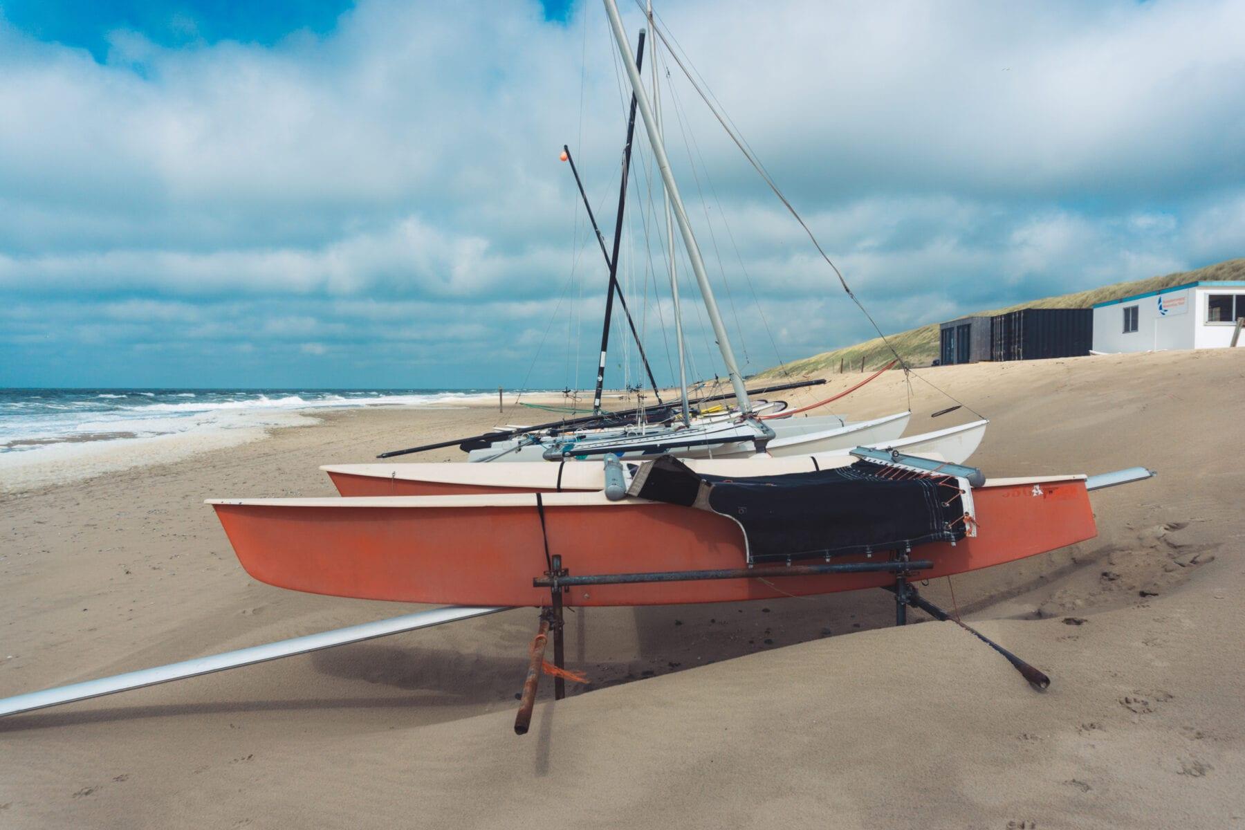 Vakantie naar Texel strand boten