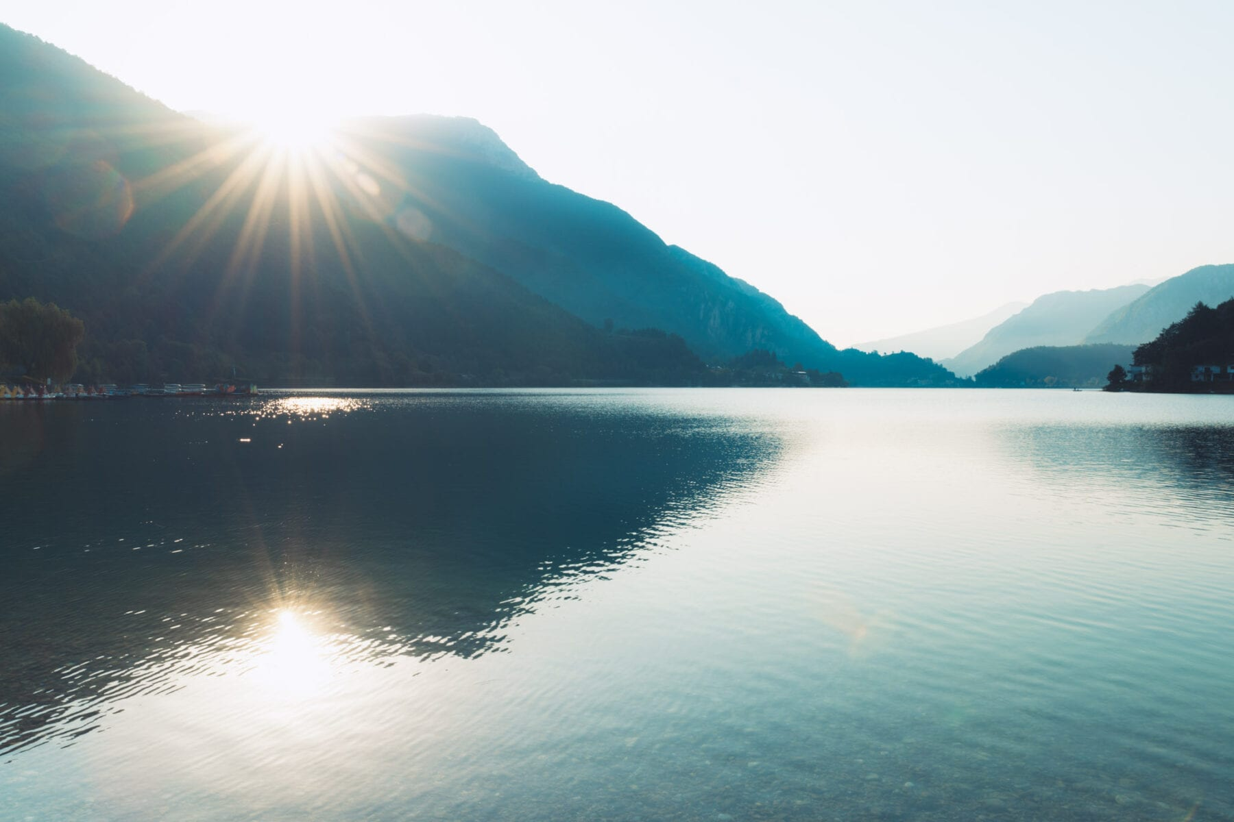 Zonsopkomst Ledromeer Lago di Ledro