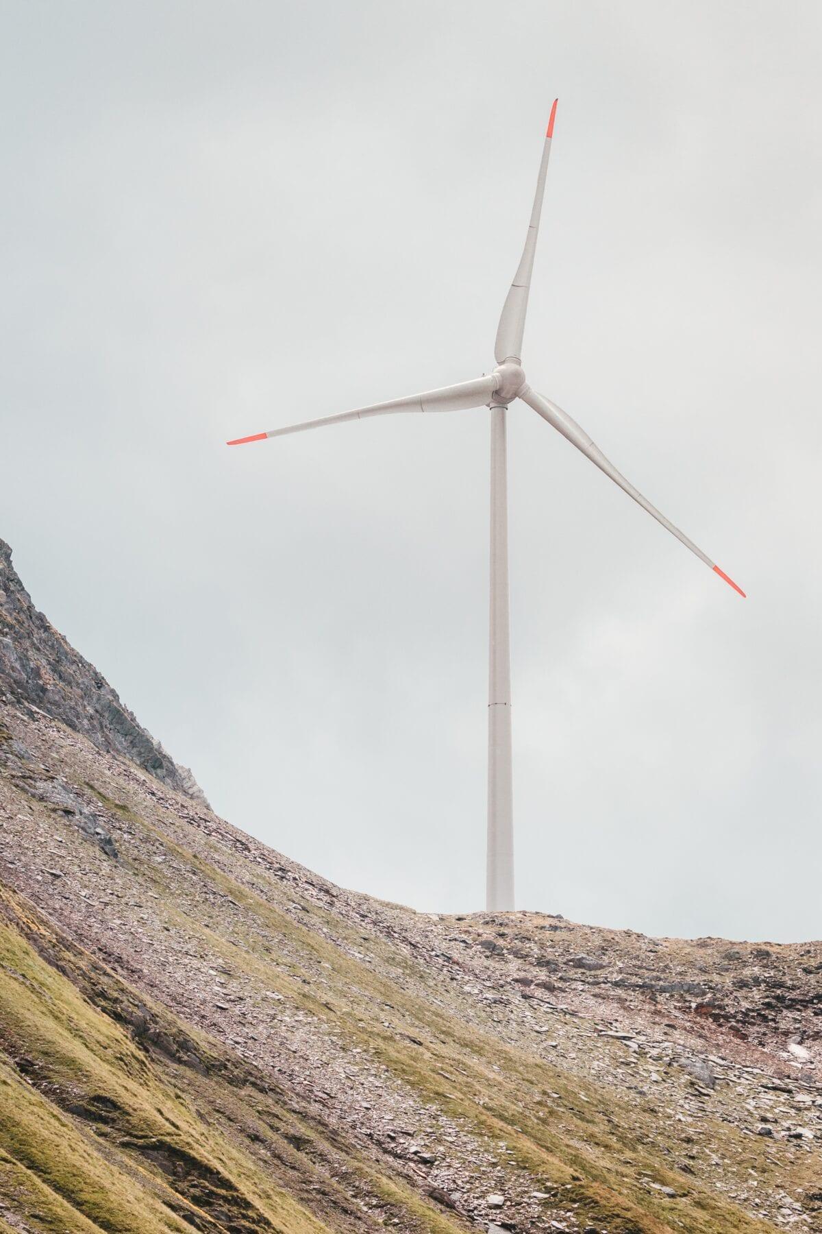 Duurzaam reizen Zwitserland windmolen
