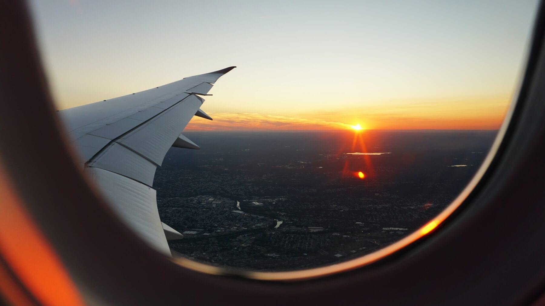 Voorbereid op reis vliegtuig