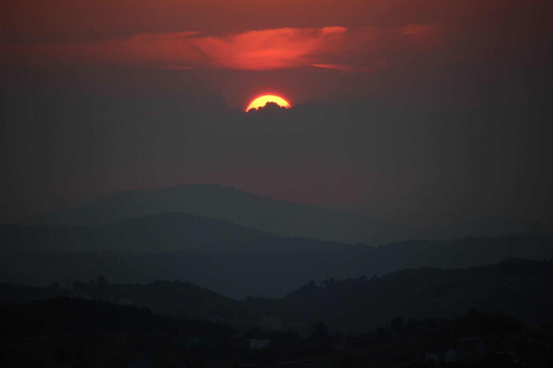 Zonsondergang in Bosnië en Herzegovina