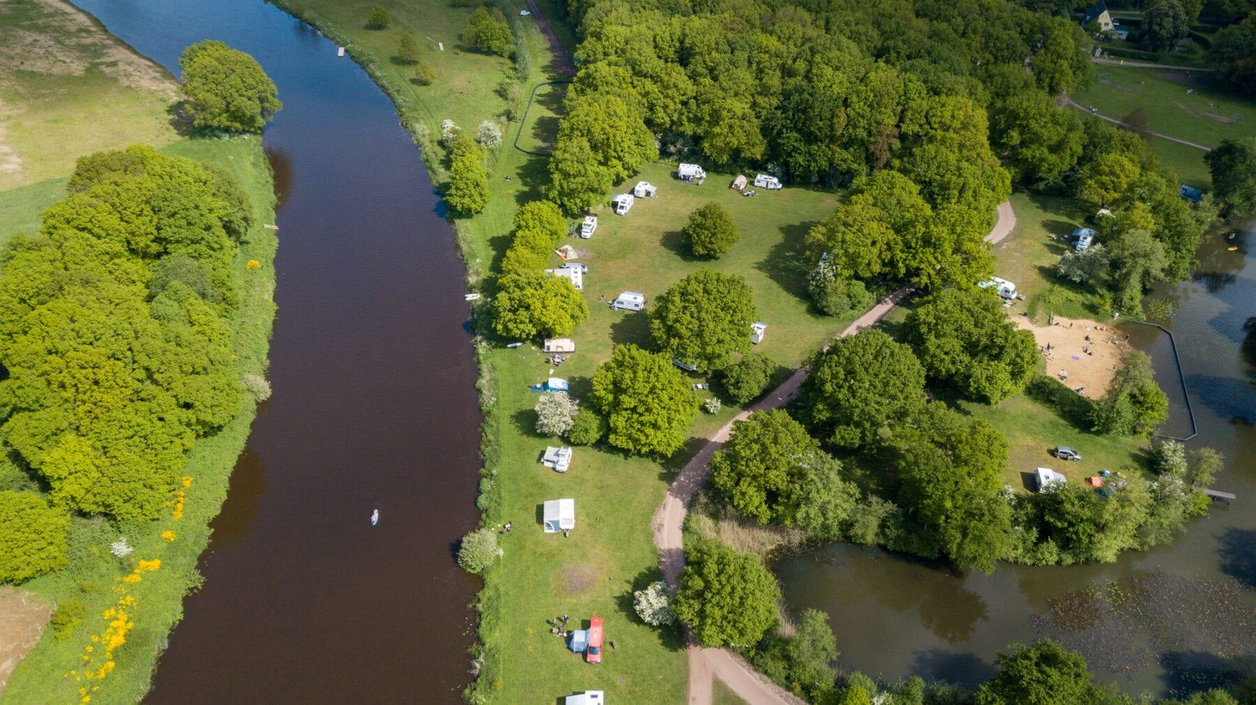Huttopia Camping de Roos drone foto