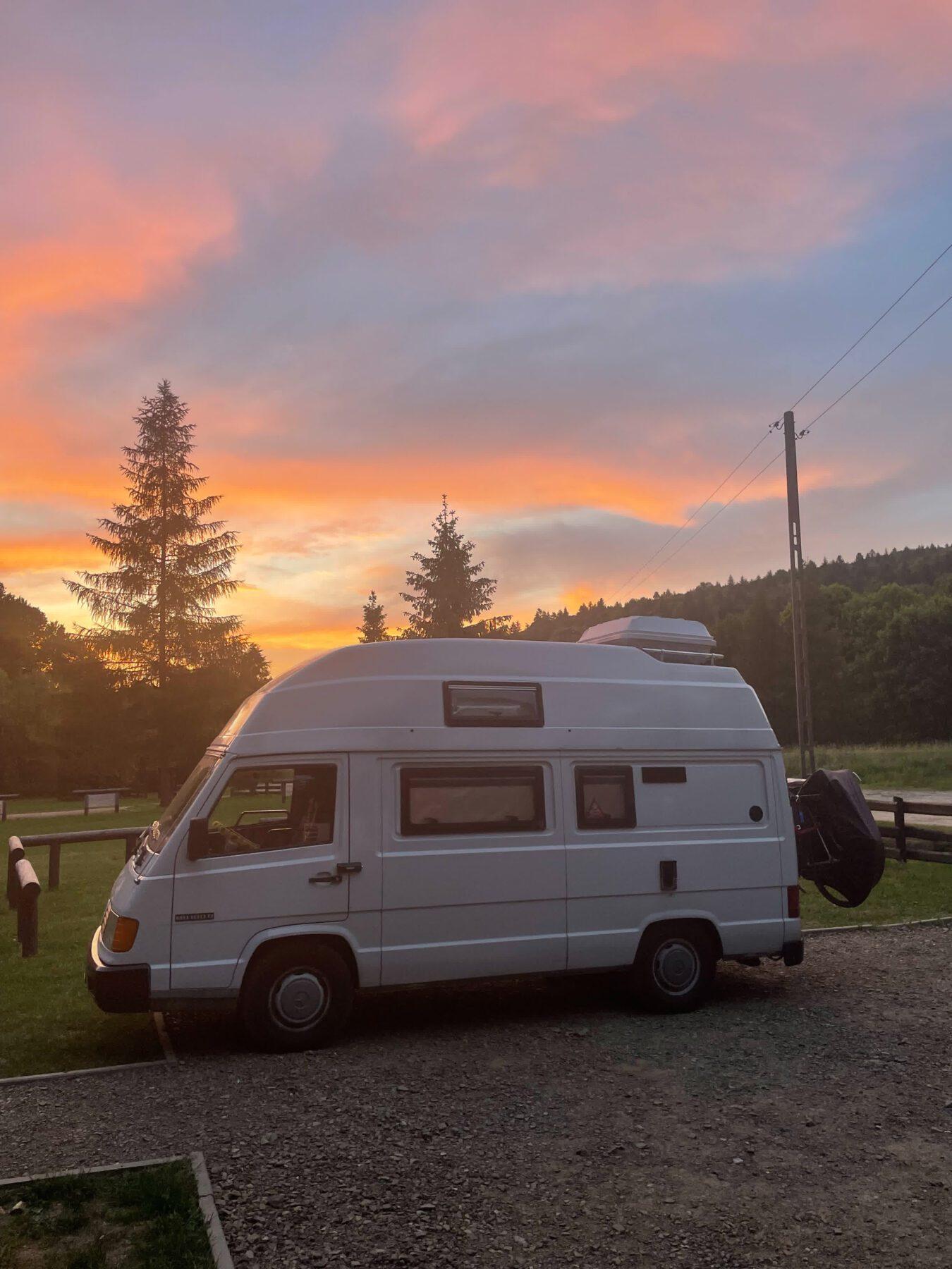 Hashtag Vanlife: Laura en Rick wonen in een camper_Ikwilhiken_11